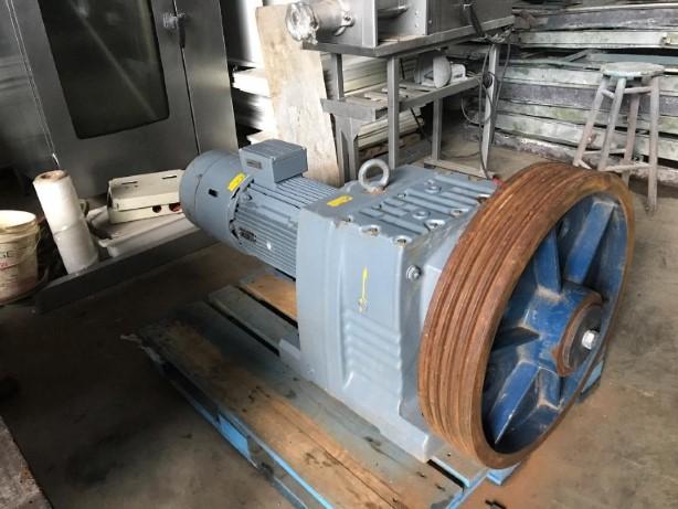Motoredutor Sew Eurodrive R 147
