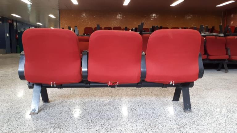 Cadeiras Longarinas 44 conjuntos