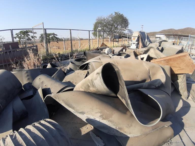 Sucata de Correias Transportadoras Aprox. 40 ton.