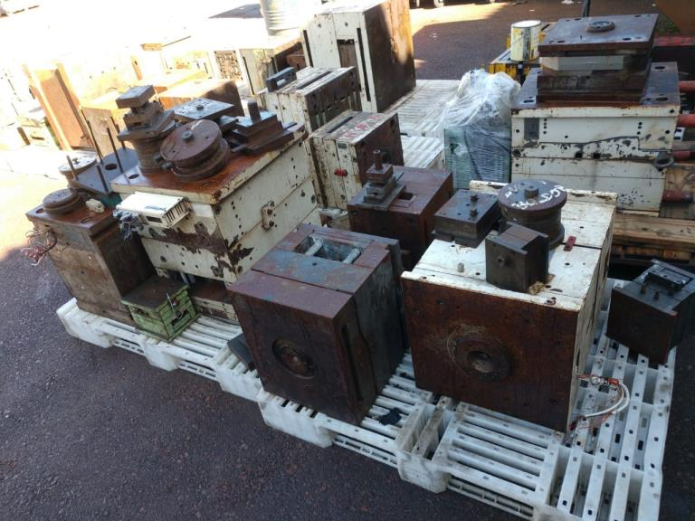 Sucata de Ferro (Moldes) Aprox. 40 ton