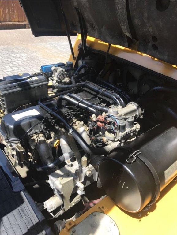 Empilhadeira Caterpillar GP 40 KL 4 ton 2010