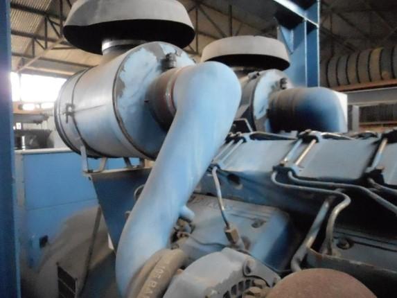 Grupo Gerador CTM / Perkins P720 A 767 KVA Ano 2001