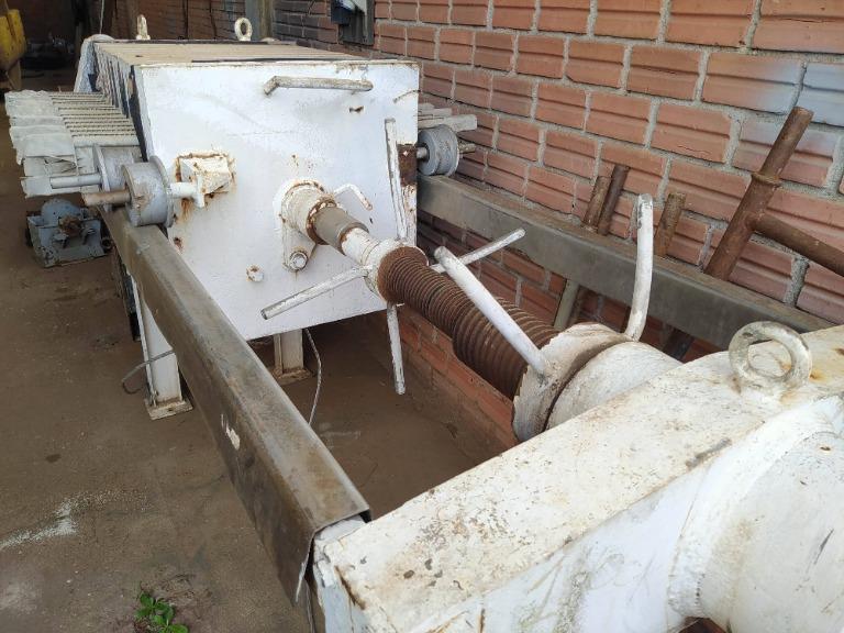 Filtro Prensa em Inox com Bomba de Pistão e Unidade Hidráulica