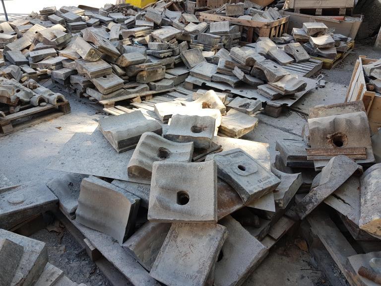 Sucata de Aço Manganês Santa Helena SP Aprox. 50 Ton a gerar em 12 meses.