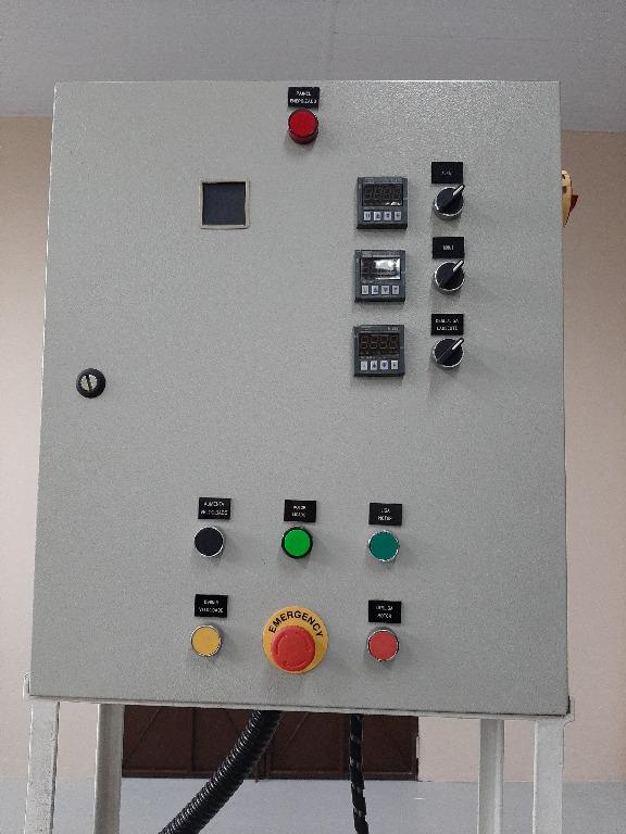 Extrusora de Alimentação à Frio Potência de 10 HP Mastermac  Epm - 4512SV