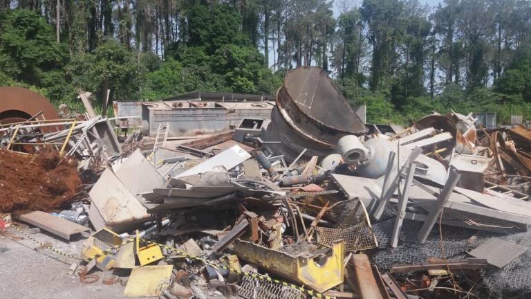 Sucata de Aço Comum Aprox. 600 Ton a gerar em 12 meses - Salto de Pirapora SP