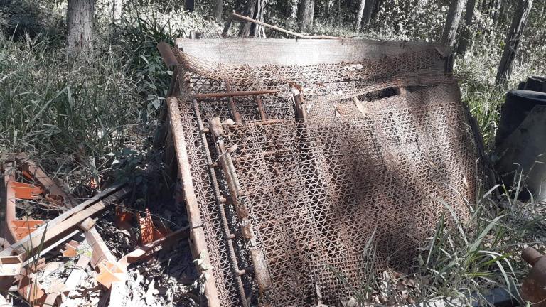Sucata de Ferro Aprox. 10 ton. - Campo Belo MG
