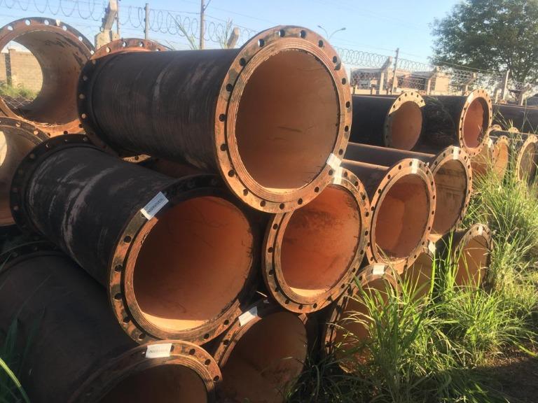 Lote de Tubo e Ferro Fundido FoFo Flange x Flange 600 mm (curto) Aprox. 3,3ton