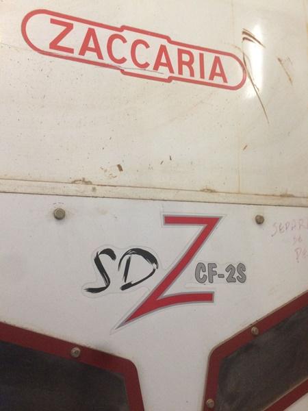 Saca Pedra Zaccaria SD ZCF-25 2013 Capacidade de 14 Ton/h