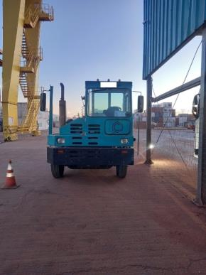 Rebocador Tractor Capacity TJ7000 2010 45 Toneladas
