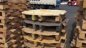 Paletes de Madeira Reforçados - Cap. 9 Ton. Geração de Aprox. 500 unidades - Mês.