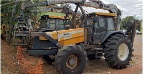 Trator Carregador Valtra BH165 2014