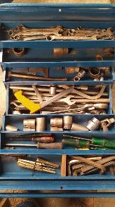 Ferramentas em Metal Diversas e de Vários Tamanhos