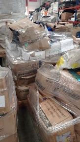 Sucata de Plásticos com Predominância de Pet Aprox. 3550kg