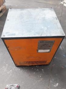 Carregador de Bateria de Paleteiras/Empilhadeiras Elétricas