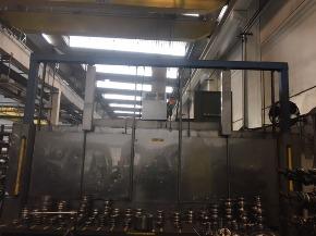 Lavadora de Cesto com Duas Estações de Entrada e Saída