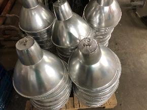 Luminária Industrial em Alumínio