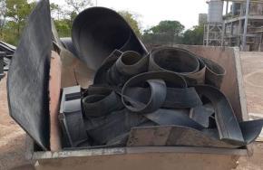 Sucata de Borracha (Correias, tiras e retalhos) Aprox. 50 ton a gerar em 12 meses.