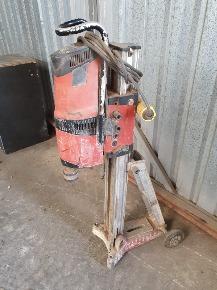 Perfuradora Hilti DD200