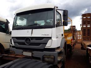 Caminhão Mercedes Benz Axor 3131 2014/2014