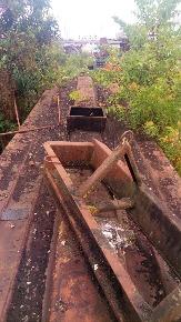 Tanque com Eixos e Material Piche Dentro (Desativado Aprox. 10 Anos) Sucata
