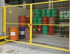 Sucata de Tambores Metálicos Contaminados com Óleo Aprox. 3500/Un a Gerar em 12 meses.