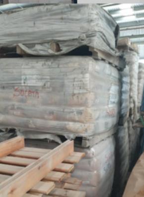 Lote de Sucata de Tijolos, Argamassa e Concreto Vencidos Aprox. 32 Ton