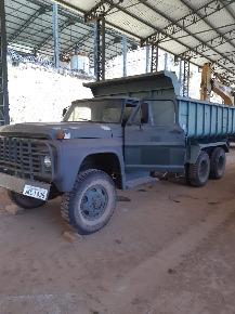 Caminhão tipo Exército 6x6 Basculante - Ford Verde 1977- Revisado