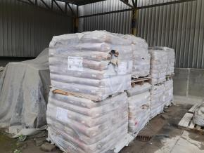 Sucata de Tijolos, Argamassa e Concreto Vencidos Porto Velho RO Aprox. 113 Ton.