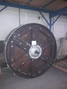 Fulão de Laboratório em Madeira para Bater Couro 2mx1m