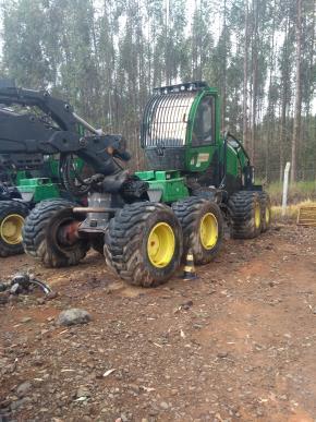 Harvester John Deere 1270E 8x8 2016 com Implemento