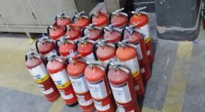 Lote Extintores de Incêndio Aprox. 70 un.
